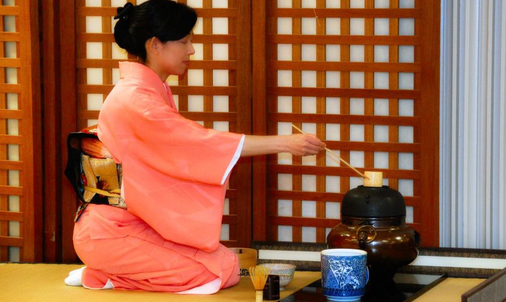 Japanese-Tea-Ceremony-Usucha-